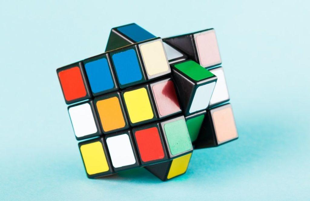 Le Rubiks Cube Et Ses Bienfaits Pour L'esprite
